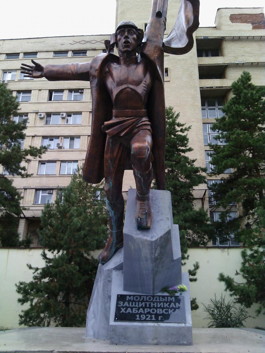 История памятника защитникам отечества в татарске изготовление памятников фото и цены волгоград